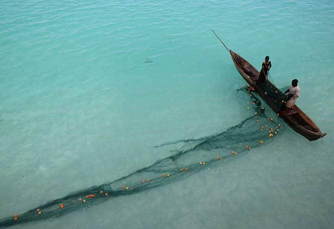 דיג מקומי במי האוקיינוס ההודי