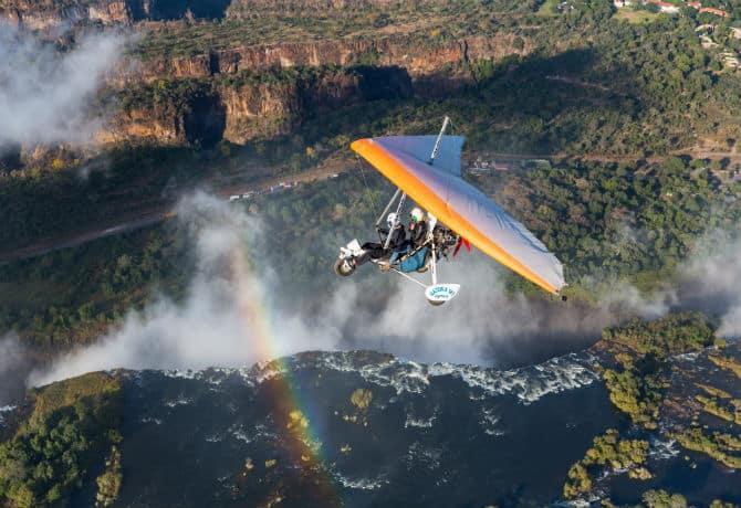 טיסת מיקרולייט מעל מפלי ויקטוריה