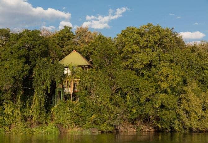 ריבר לודג' על נהר הזמבזי